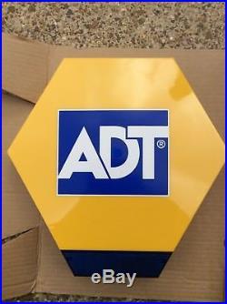 NEW! ADT Alarm Box. LIVE Bell, Flashing Lights, Battery
