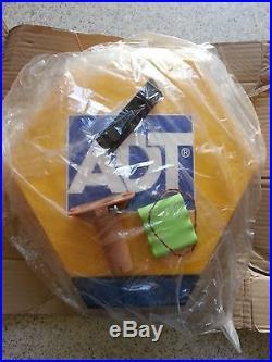 NEW Adt Alarm Bell Box Dummy Kit. Solar Led Flash Panel, Bracket And Battery
