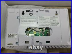 Samsung SmartThings ADT Home Automation Security Starter Kit-F-ADT-STR-KT-1 Open